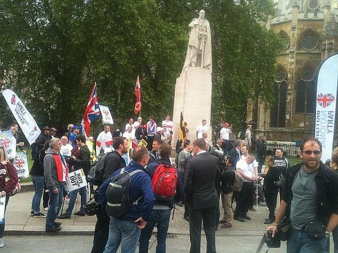Poor turnout of BNP scum in London today