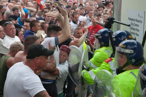 EDL-clash-with-police-5-5166615